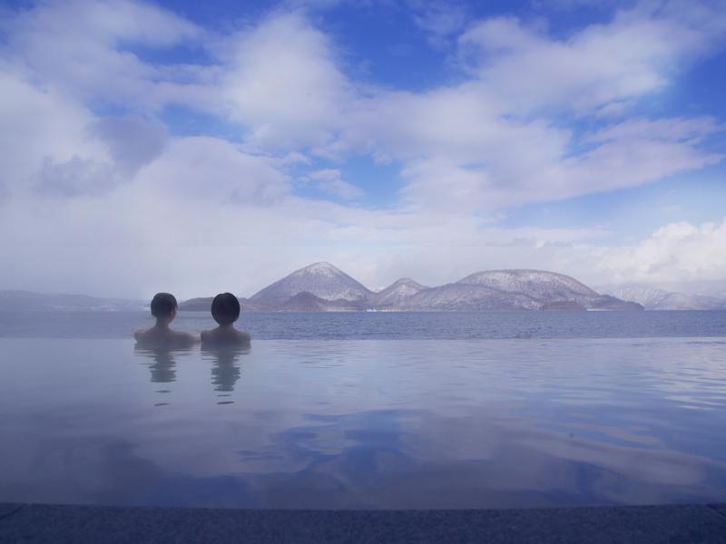【冬・露天風呂】冬景色の洞爺湖もご覧いただけます♪