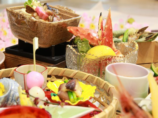 【春会席-本会席膳】タラバ蟹が追加になります♪