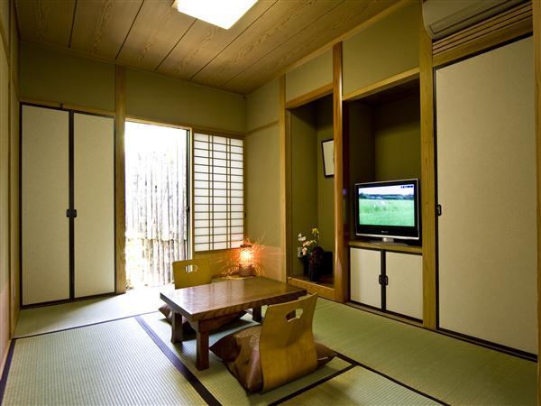 客室は全て和室でお風呂付き