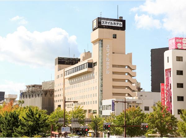 外観。和歌山城目の前のホテルです!