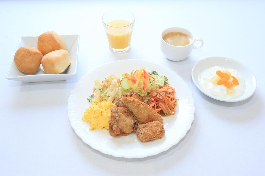 ご朝食もご用意しております!