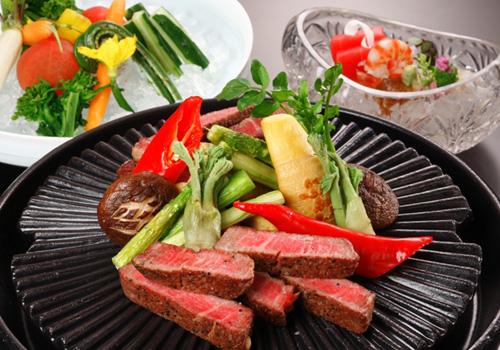 国産牛ロース肉ステーキ陶板焼き(イメージ)