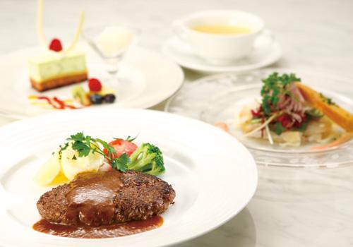 「ハンバーグステーキコース」をフレンス料理「ヴェル・ボワ」でご堪能ください