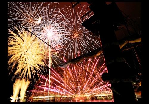 「花火観覧船」船上からの花火の様子