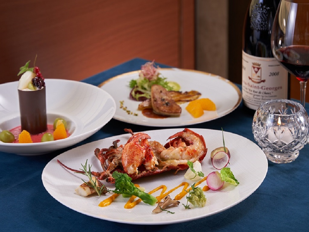上質なフランス料理コース(イメージ)