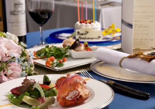 大切な記念日を演出するための特別なテーブルセット(イメージ)