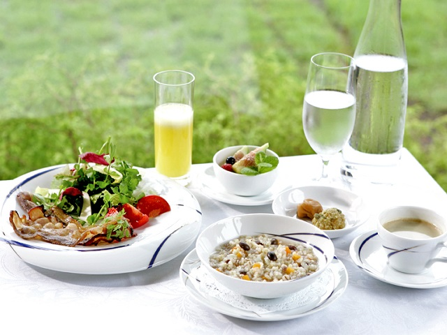 French-Japonais style breakfast