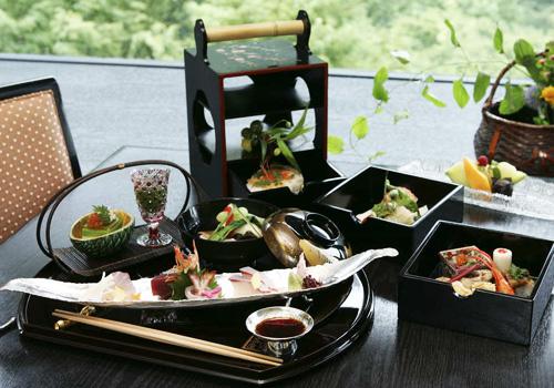 桜花御膳(料理・器はイメージ)