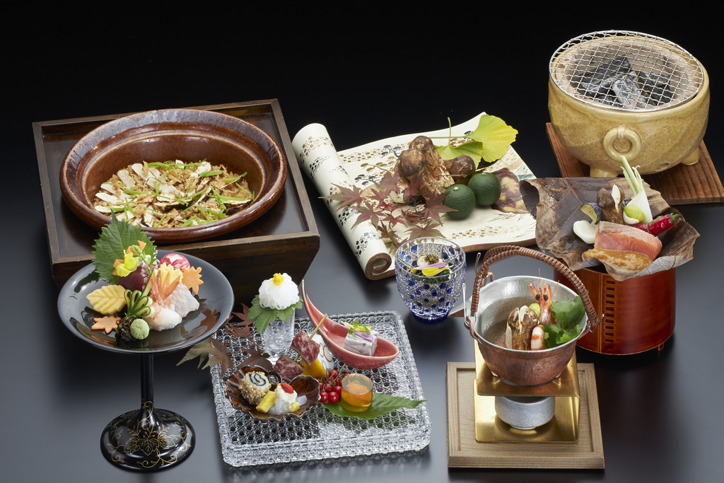 .松茸懐石(料理・器はイメージ)