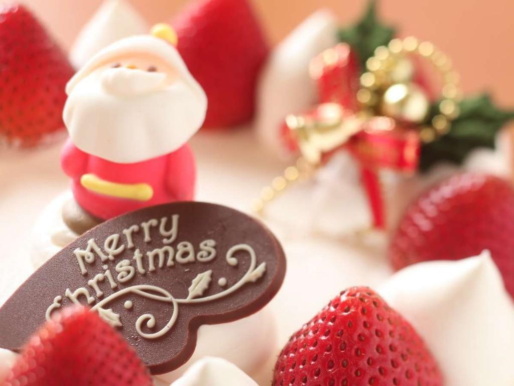 今年のクリスマスは温泉でゆったり♪(画像のケーキはイメージです)