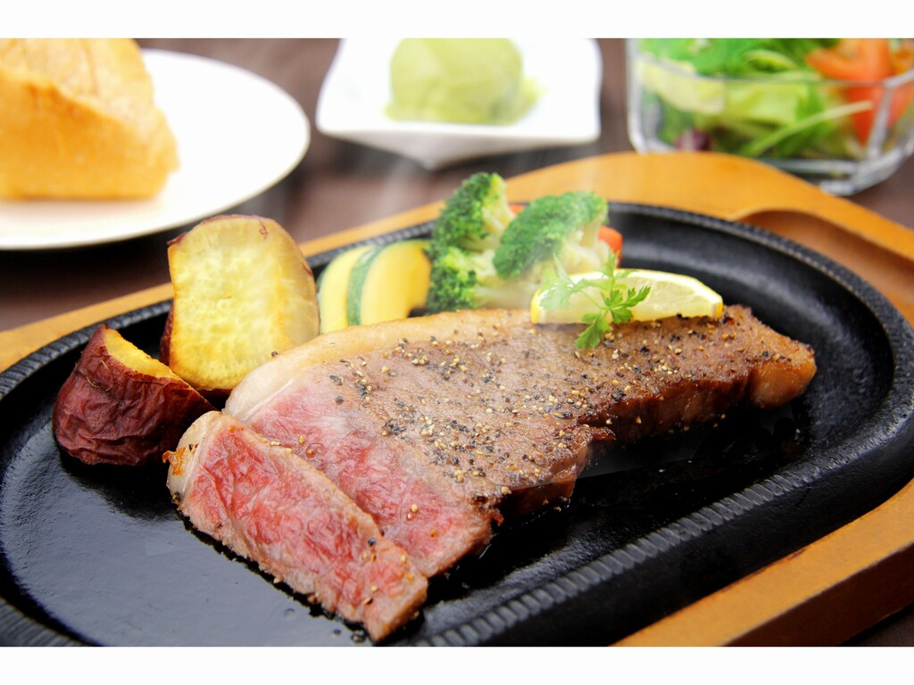 鹿児島黒牛サーロインステーキ