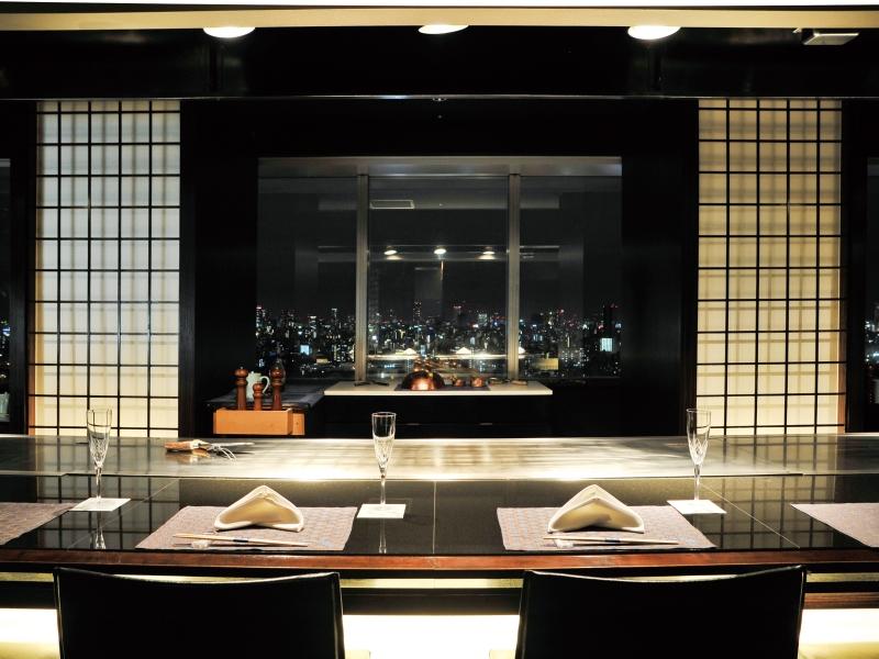 20階「鉄板焼 瑠璃」