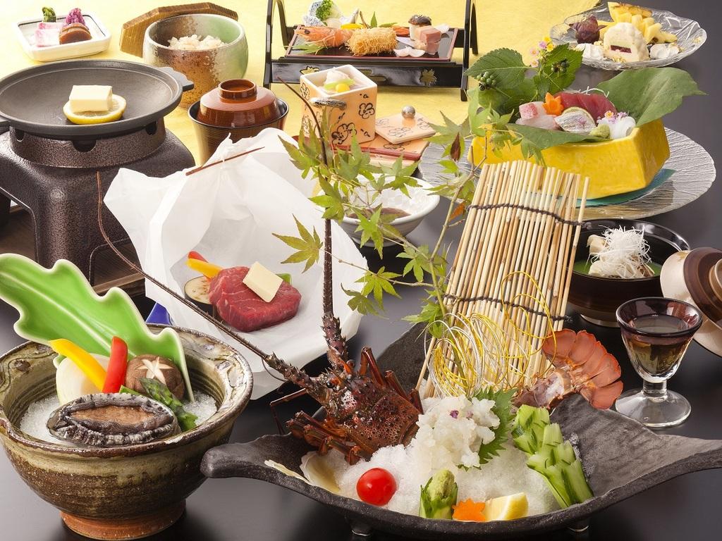 伊勢海老お好み料理を含むお部屋食の特別会席