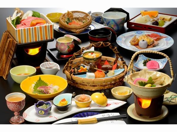 味はもちろん、器や盛り付けにこだわり、目と舌との両方で楽しめます。