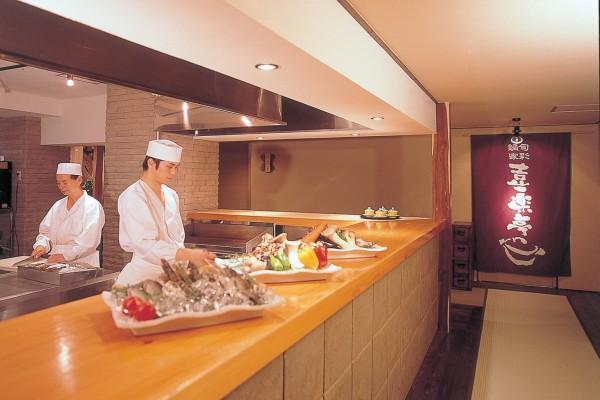 喜楽亭オープンキッチン