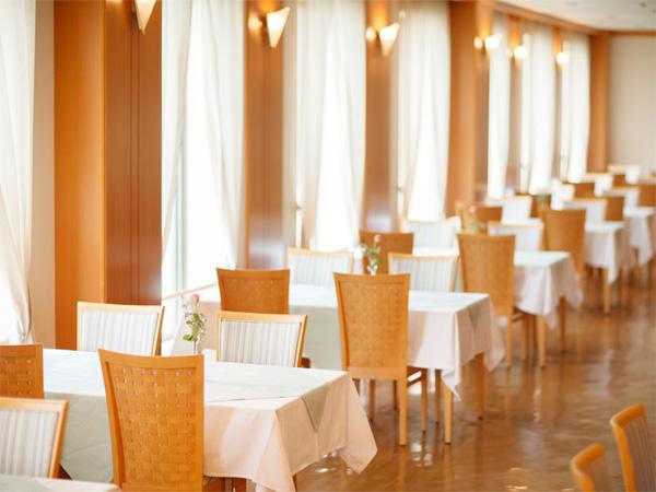 レストラン プラシャンティ