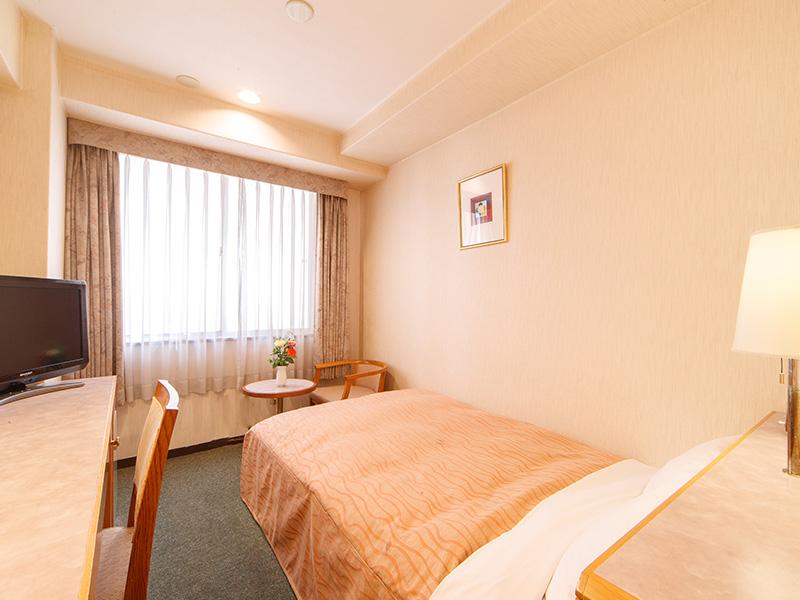 客室一例 《セミダブルルーム》