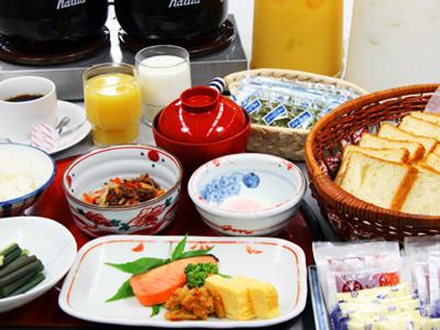 朝食:和定食&ミニバイキング