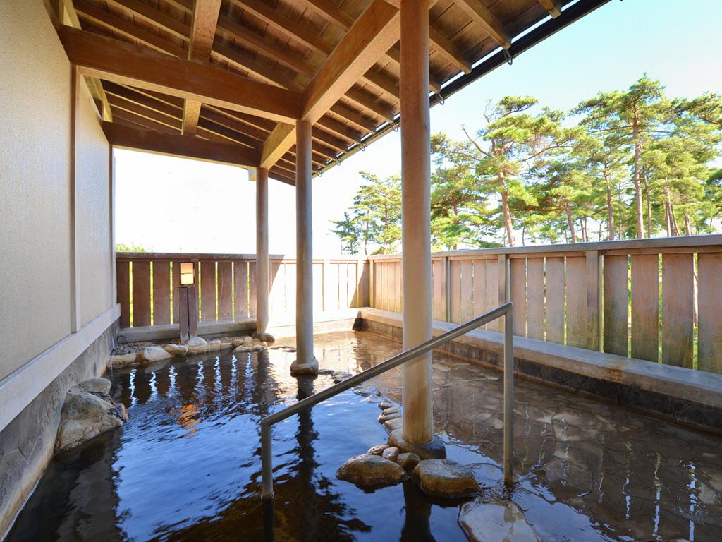 源泉100%の露天風呂です。