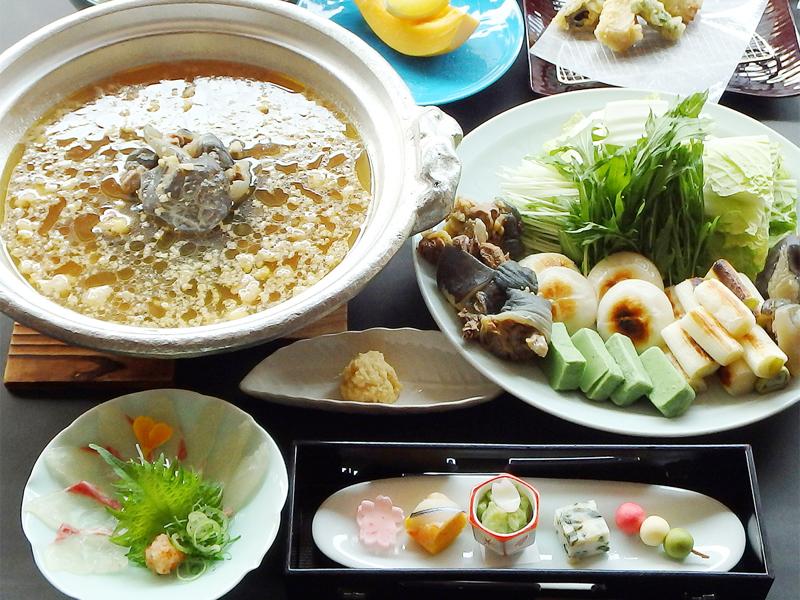 Nagomi「すっぽん鍋」でおもてなし♪(※鍋は4人前の一例)