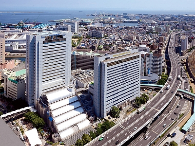 JR神戸駅から地下街で直結の好立地
