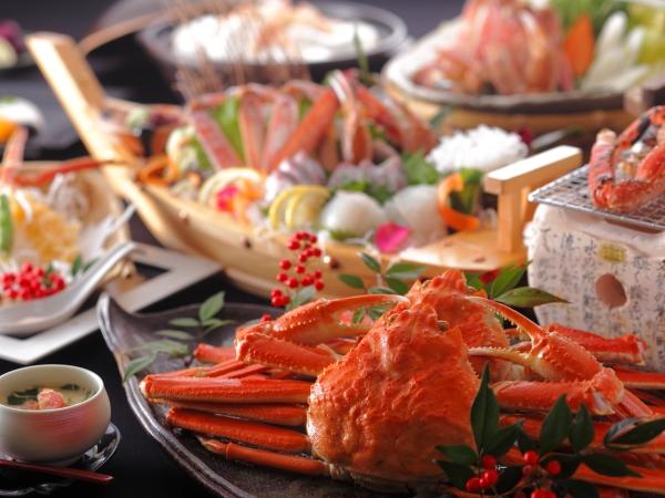 名物カニ鍋×茹でガニ丸ごと1杯、刺し、焼きなどの豪華カニフルコース[一例]