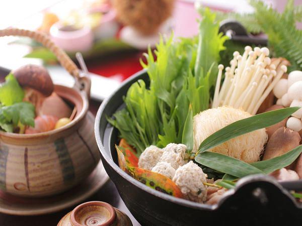 地鶏とこだわりきのこの秋香鍋【一例】