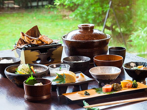 朝食は和食と洋食からチョイス [洋食一例]