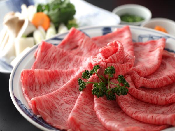 ■ 通常献立のお肉料理他が「しゃぶ鍋」に変更になります。