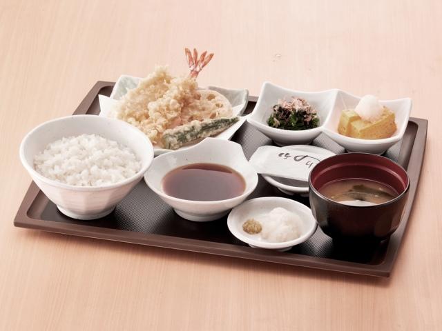 朝食:天ぷら朝定食
