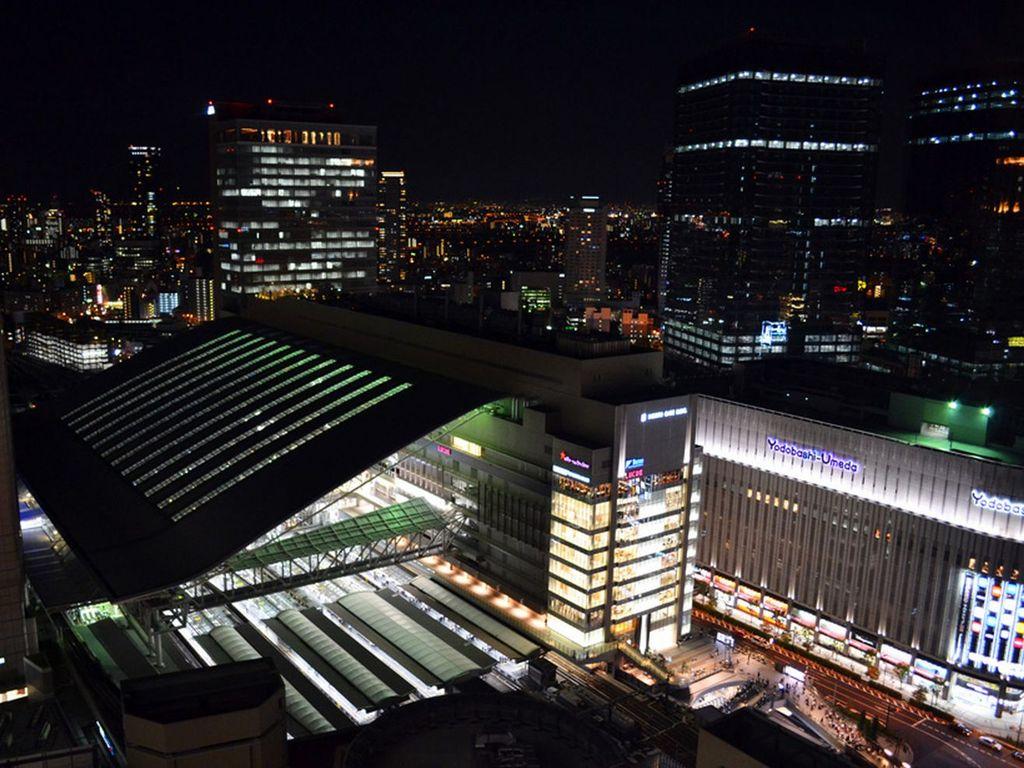 夜の大阪駅イメージ♪