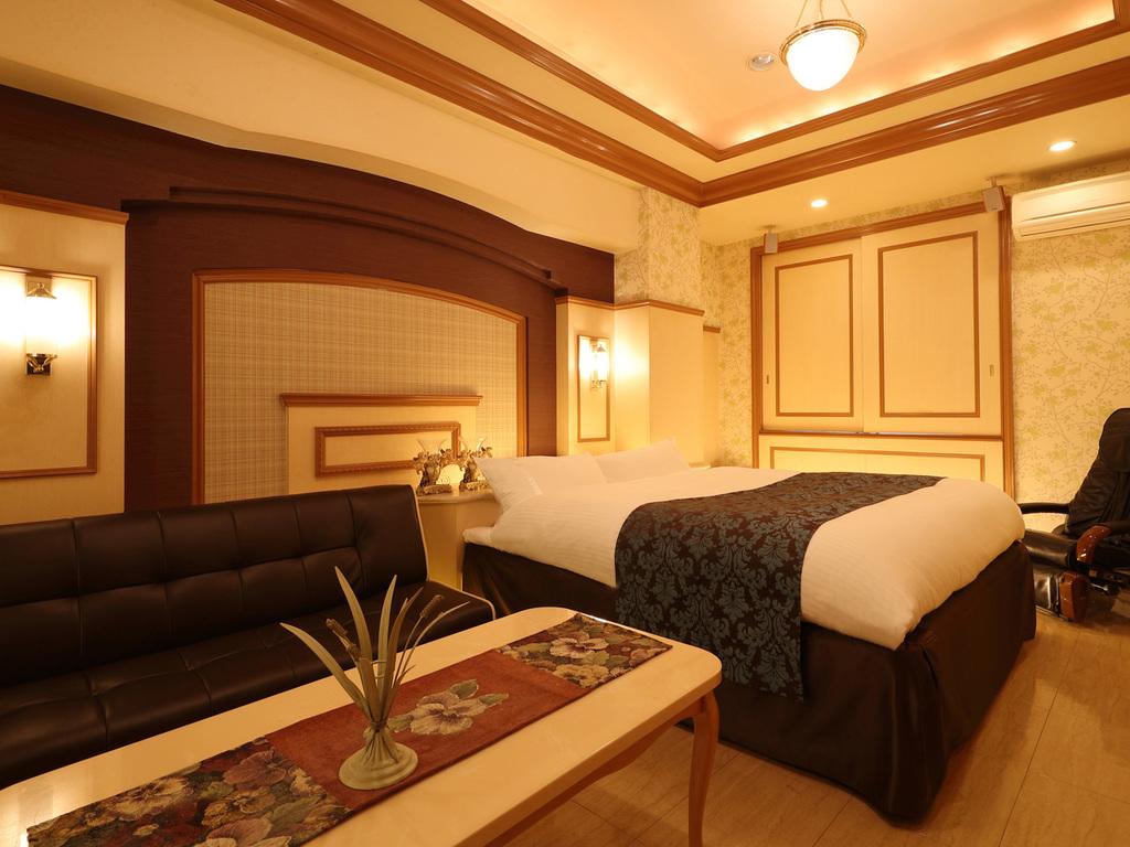 ゆったりベッドで快眠をお約束♪スタンダードキングベッドルーム♪