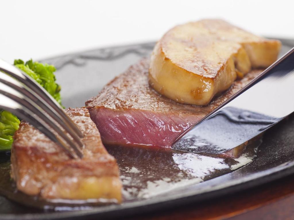 やみつきになる美味しさ♪絶品フォアグラ&ステーキディナー♪