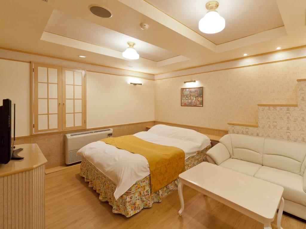ゆったりベッドで快眠をお約束♪スタンダードキングルーム♪