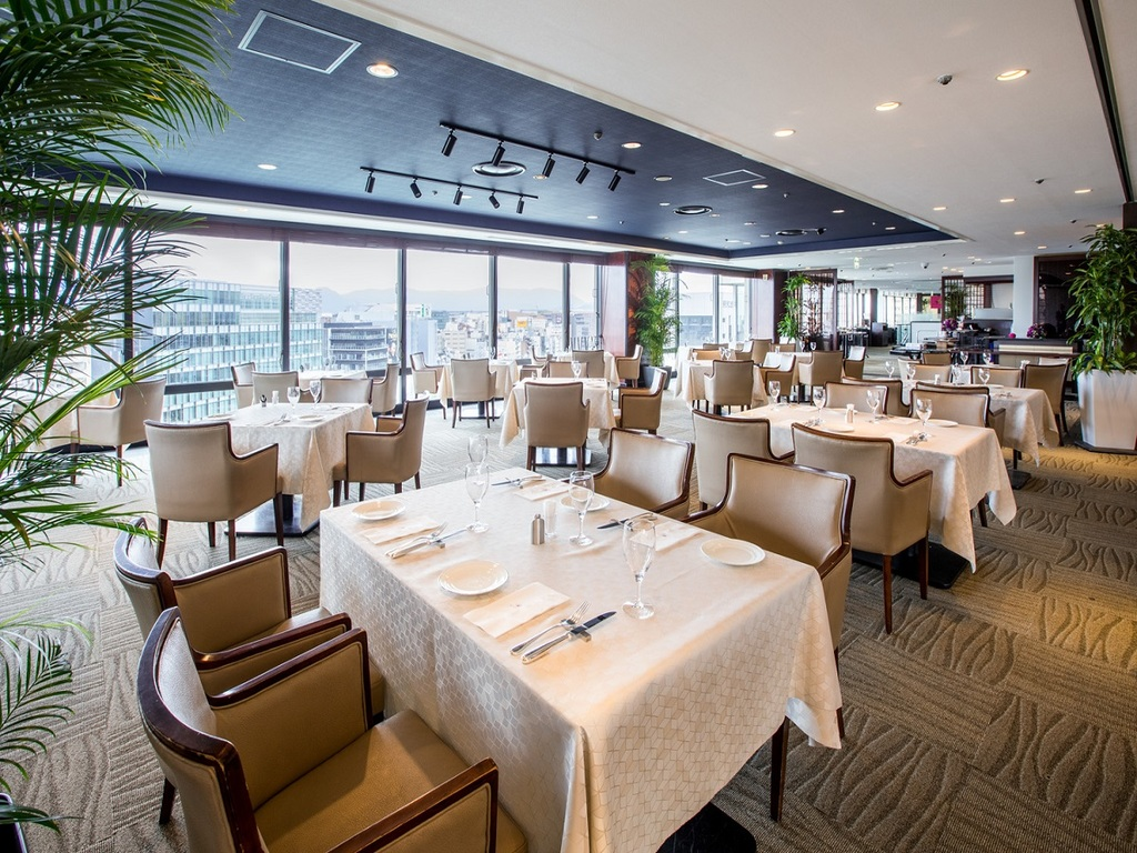 13階レストラン「ブロッソ」も対象の1店舗です