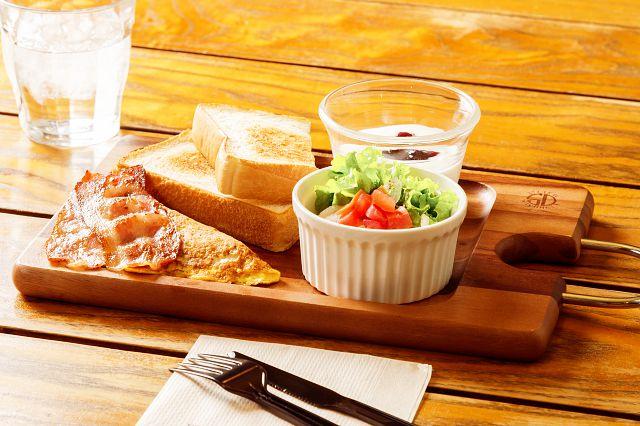 朝食時間 6:30〜10:00