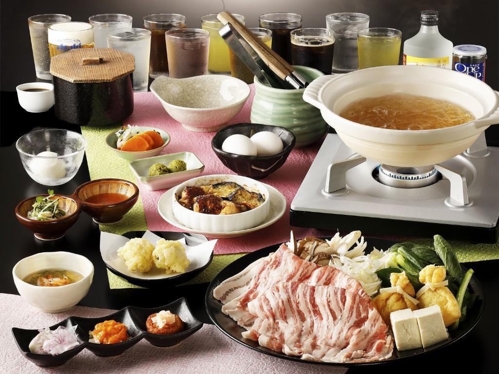 夕食時飲み放題付き!美味出汁で食べる新感覚の国産豚しゃぶしゃぶコース