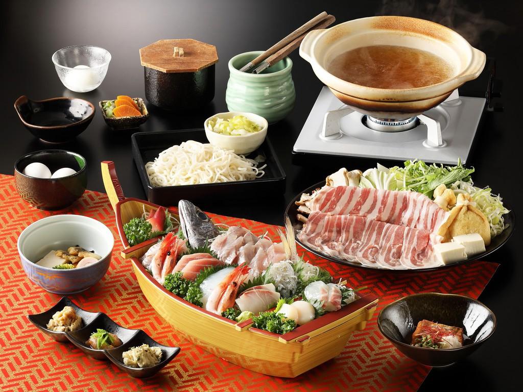 箱根山麓豚のしゃぶしゃぶに豪華舟盛り付き!大満足です!