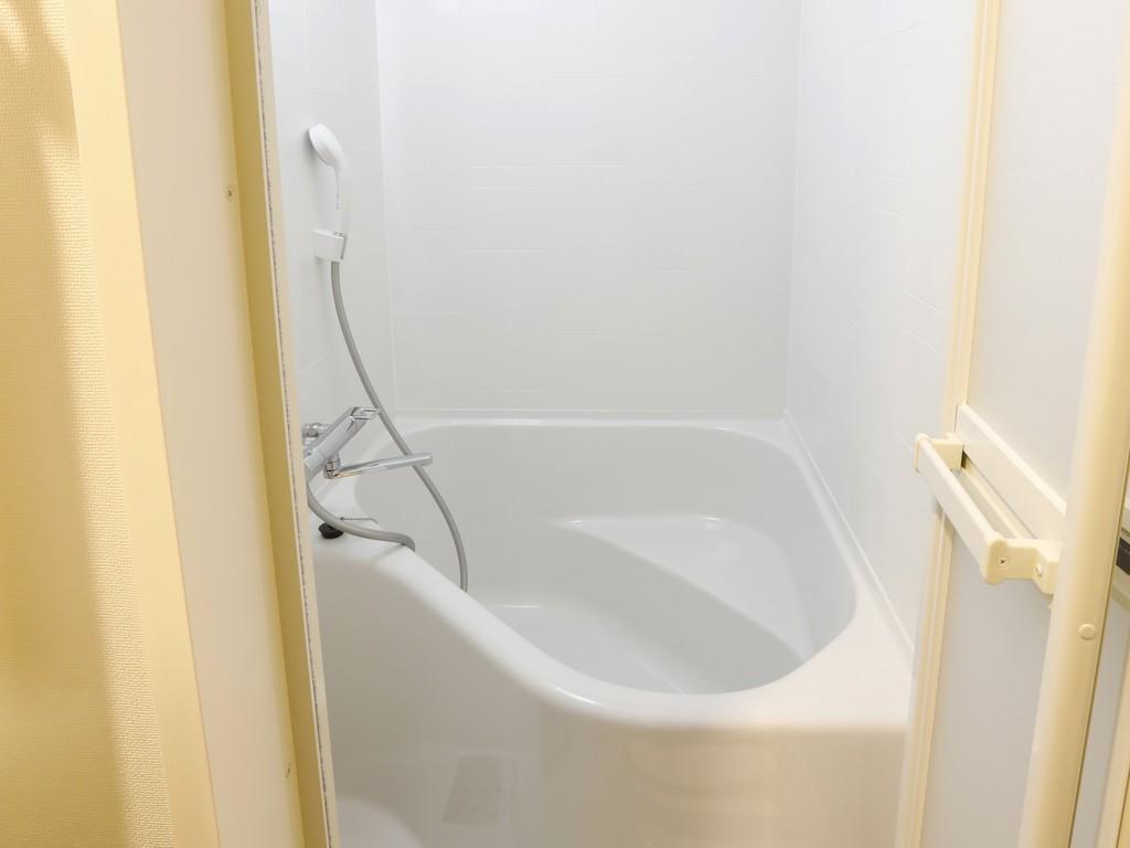 バスルームはセパレートタイプ(トイレと独立構造)<br>バスタブもゆったりサイズと好評です