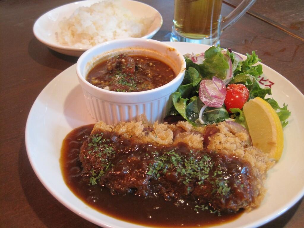 「神戸と言えば洋食!」そんなお客様には<br>元町エビスがオススメです