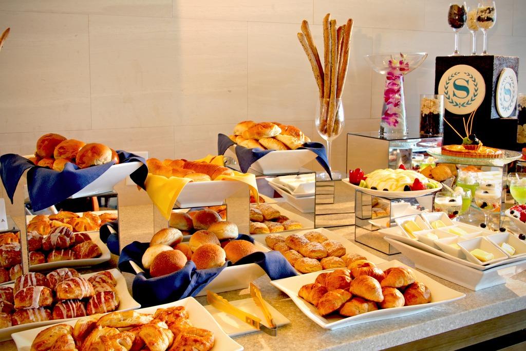 La Cascataでの朝食