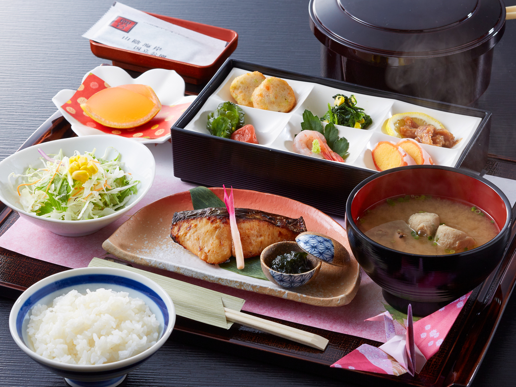 朝は和食でパワーチャージ★