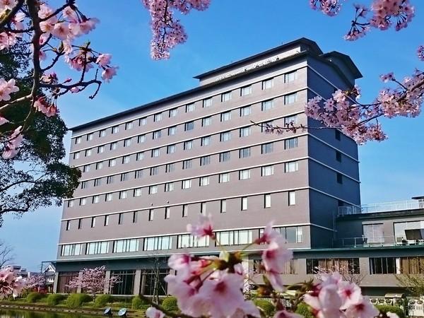 桜満開のホテル周辺 季節・春
