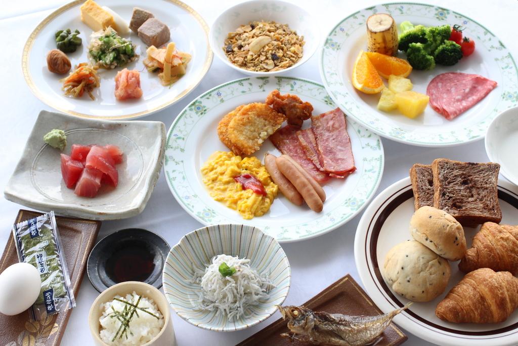 朝食取り分け(イメージ)