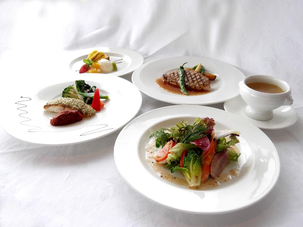 洋食Aコース・メイン魚(イメージ)