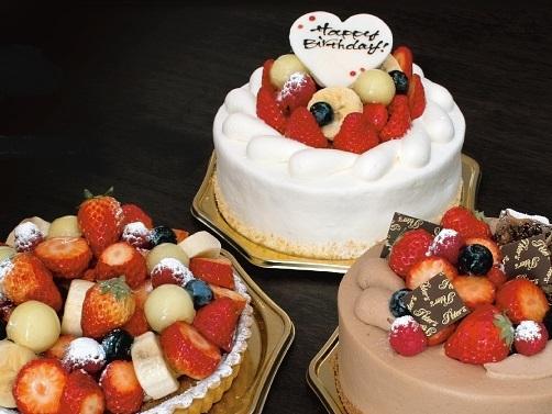軽井沢の人気店≪ピータース≫のアニバーサリーケーキ