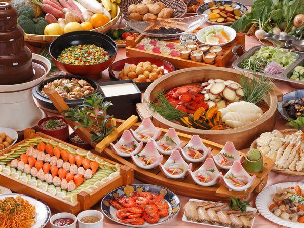 約50種類のお料理が楽しめるディナービュッフェですナービュッフェ夕食バイキング