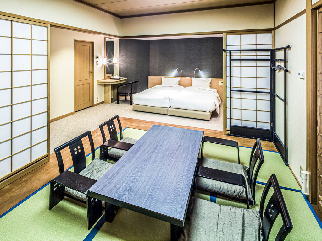 【和洋室】和室とベッド