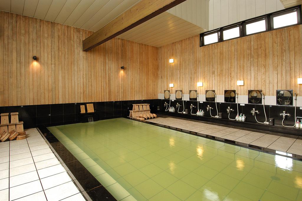 【温泉 弐の湯】清掃時間を除き、24時間ご利用いただけます。