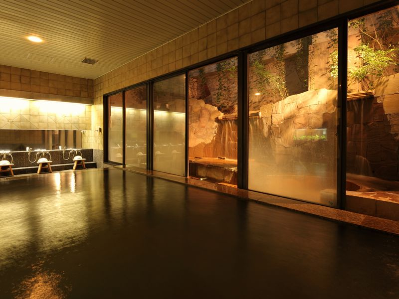 【温泉 壱の湯】自然源泉の天然温泉。その湯は関節痛・筋肉痛にと効能を実感頂けます。